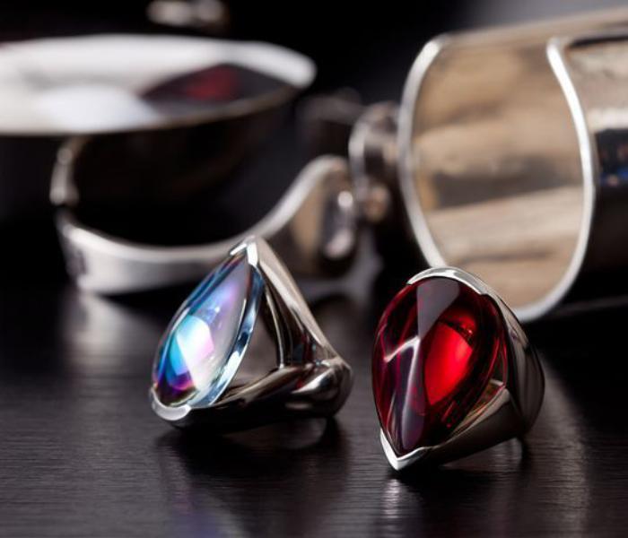 bijoux-baccarat-bagues-cristaux-colorés