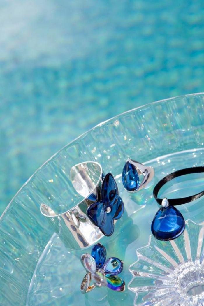 bijoux-baccarat-les-bleus-cristaux-de-baccarat