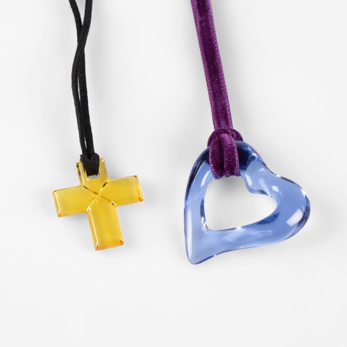 bijoux-baccarat-pendentif-coeur-et-croix