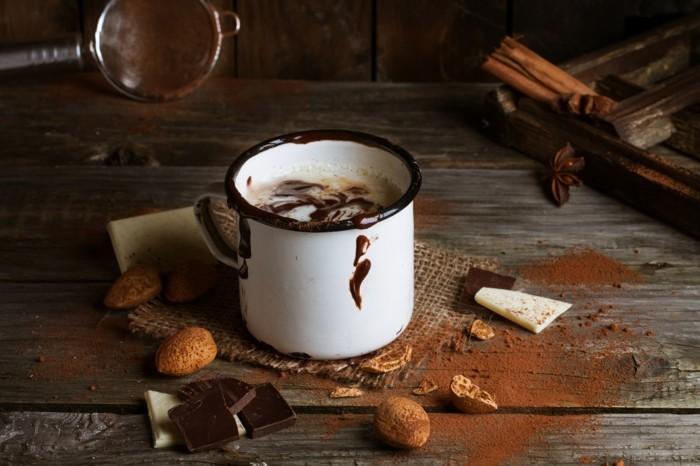 bonne-recette-chocolat-chaud-maison-poire-au-chocolat-chaud