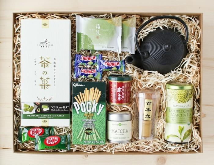 box-pour-noel-coffret-thé-cadeau-coffret-à-thé-sachet-thé-cuisine-décoré-joliment-originale-boite-cadeau