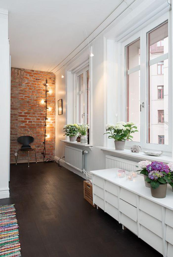 brique-rouge-mur-en-briques-appartement-scandinave