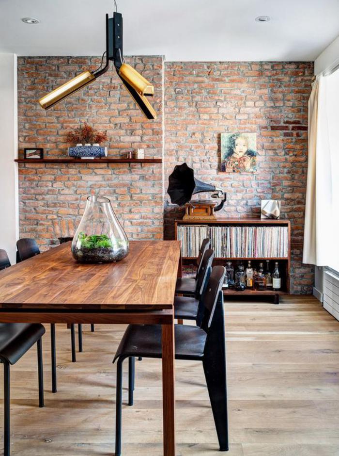 la brique rouge l ment d co principal du loft contemporain. Black Bedroom Furniture Sets. Home Design Ideas