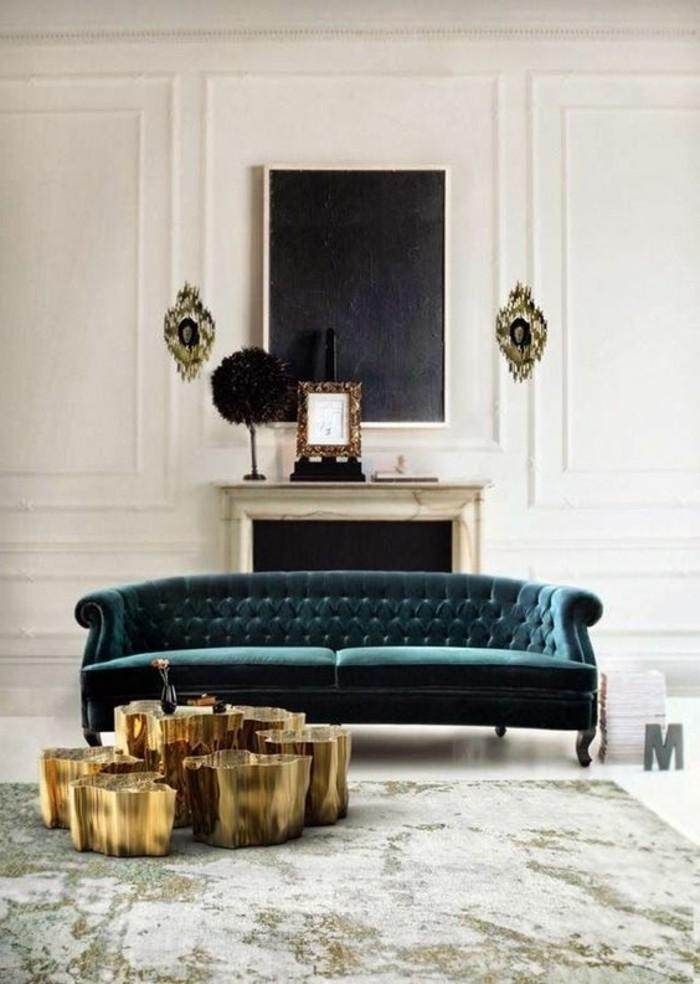 canapé-capitonné-bleu-foncé-comment-choisir-les-meubles-de-salon