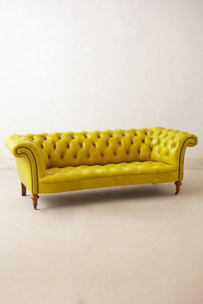 canapé-chesterfield-pas-cher-jaune-cuir-capitonne-nos-idees-pour-vos-meubles-de-salon