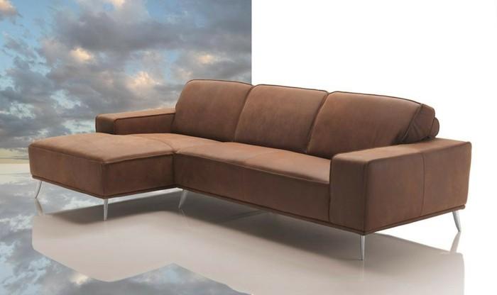 canapé-design-italien-de-couleur-marron-pour-le-salon-chic-meubes-italiens