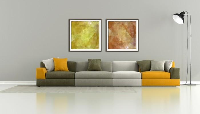 canape-gris-jaune-salon-chic-modenre-sol-lino-gris-canape-design-italien