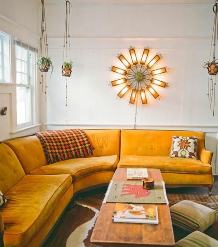 Canape En Bois Moderne : Canap? arrondi en cuir beige pour le salon de luxe: