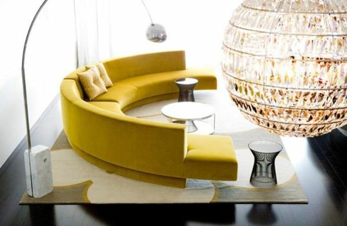 canape-jaune-de-salon-meubles-modernes-dans-le-salon-chic-fauteuil-conforama
