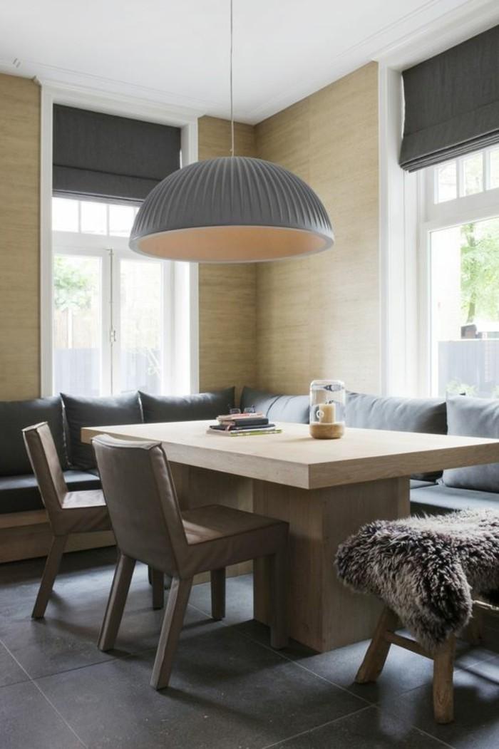 canpe-d-angle-avec-table-de-salle-à-manger-design-en-bois-clair-bois-massif-lampe