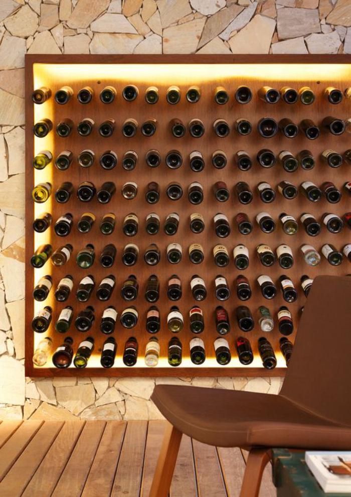cave-à-vin-porte-bouteilles-vin-mural-original