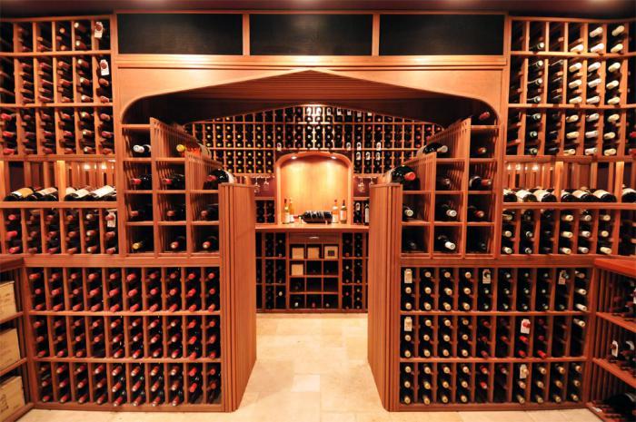 cave-à-vin-pour-une-riche-collection-de-vins
