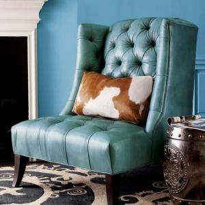 Décorer l'intérieur avec la chaise capitonnée