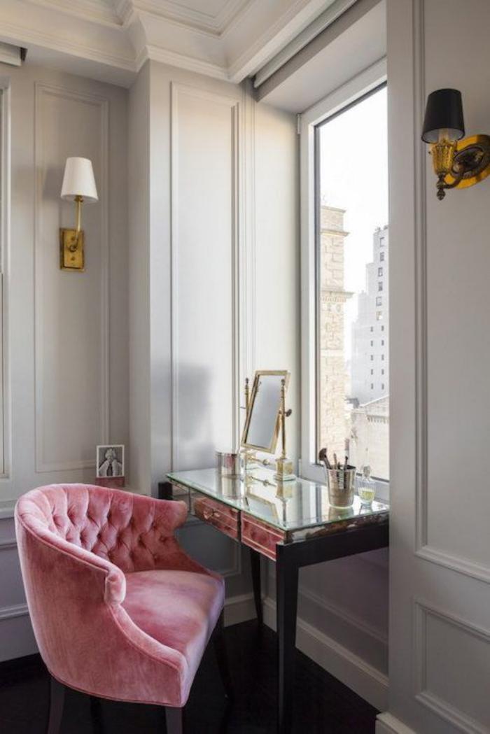 chaise-capitonnée-office-de-travail-design-vintage-féminin