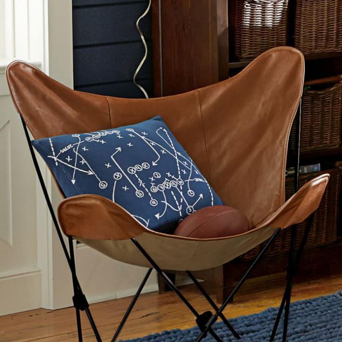 chaise-papillon-vintage-classique