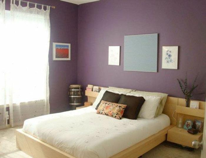 chambre-a-coucher-nuancier-violet-lit-en-bois-naturel-double-lit-chambre-a-coucher