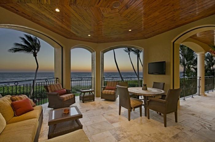 comment-aménager-son-balcon-meubles-balcon-beauté-vue-magnifique-grande-terasse-vaste