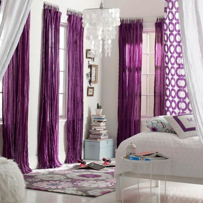 interesting chambre avec rideau violet rideaux et voilage rideau court rideau illets with. Black Bedroom Furniture Sets. Home Design Ideas
