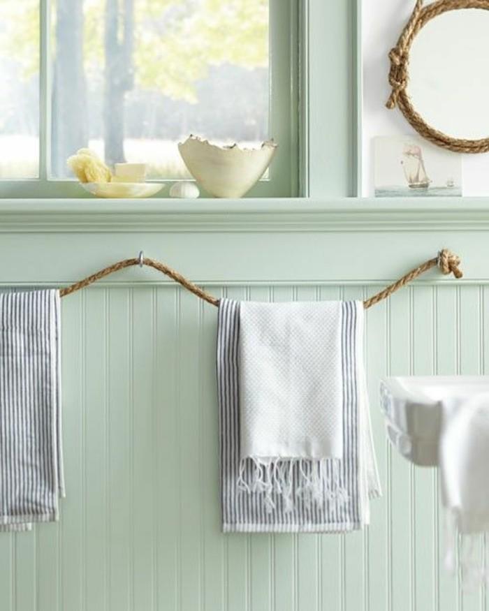 Porte serviette salle de bain en bois salle de bains - Porte serviette original ...