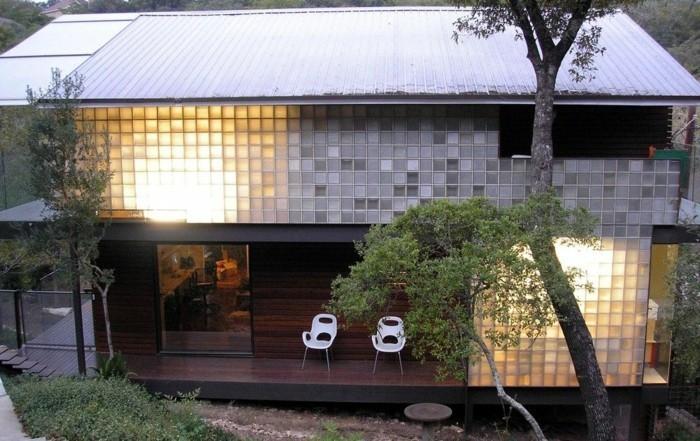 Le pav de verre voir les meilleures id es for Illumination exterieur maison