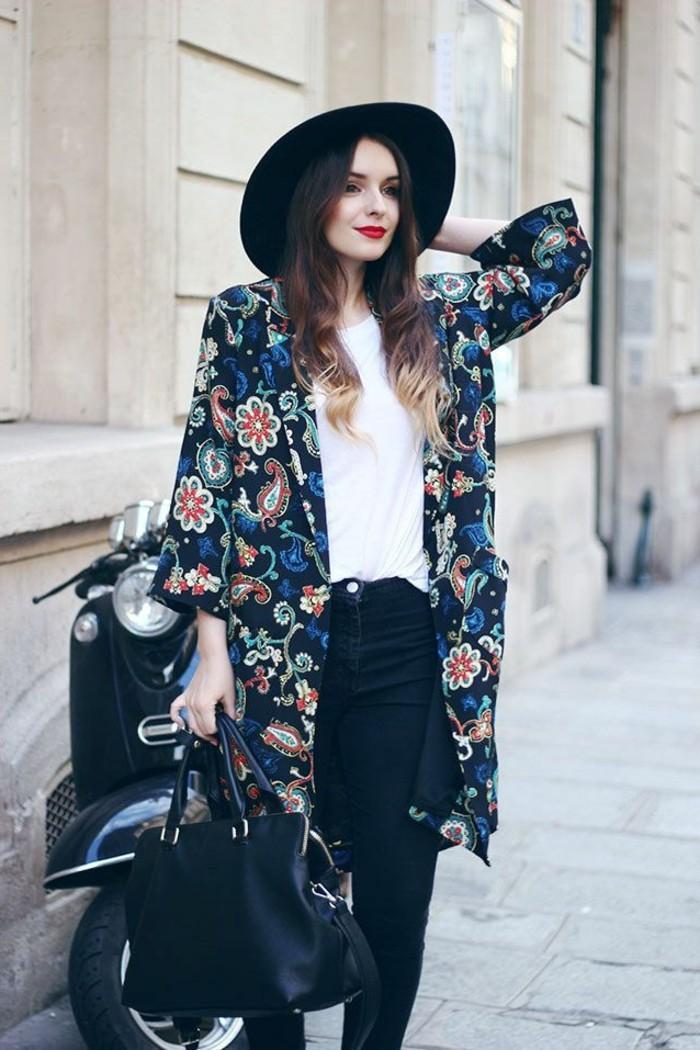 cool-tenue-veste-kimono-femme-le-chic-boho-vêtement-mode-belle-femme
