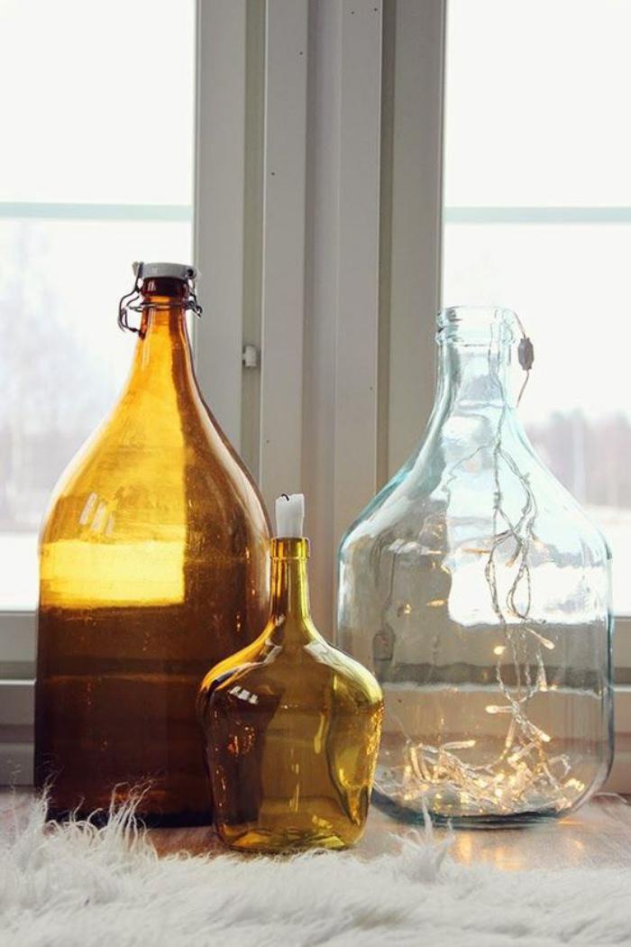 couleur-ocre-déco-en-ocre-avec-bouteilles-et-vases