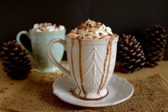 Résultat d'images pour photos tasse de thé et macarons