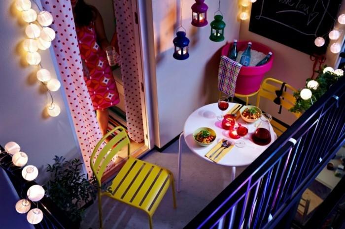 design-extérieur-décorer-sa-terrasse-aménager-un-petit-balcon-balcons-fleuris