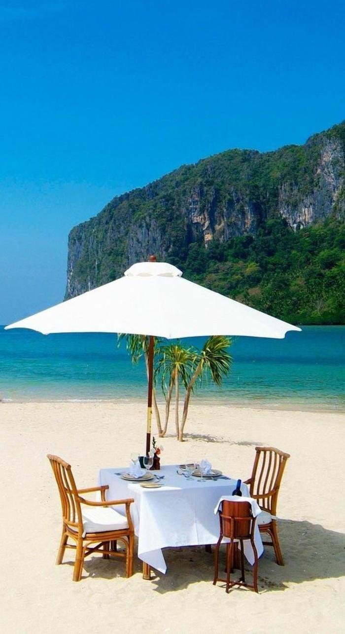 diner-au-bord-de-l-ocean-diner-sur-la-plage-les-meilleures-plages-sauvages