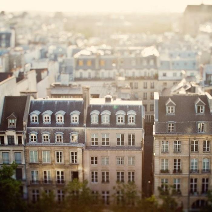 diner-sur-les-toits-de-paris-bar-toit-paris-dinner-manger-bien-appartements-fenetres