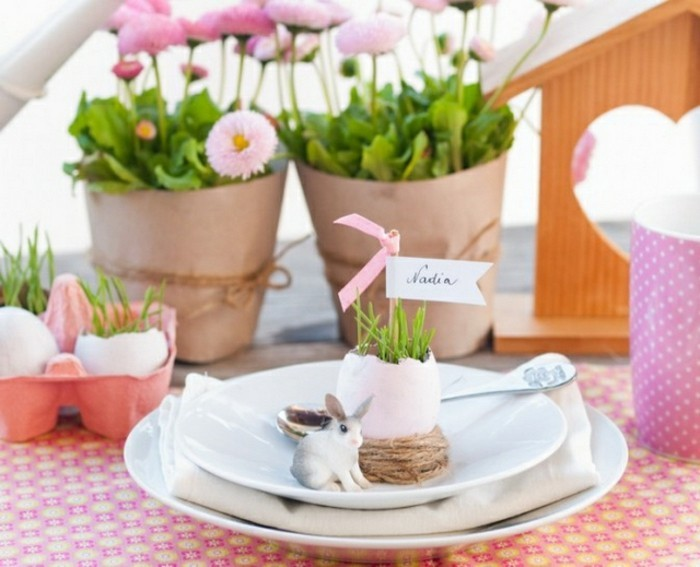 easter-table-decorations-crafts-diy-ideas-plate-vases-egg-shells-name-resized