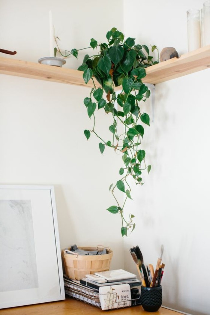etagere-en-bois-clair-etagere-murale-design-etagere-d-angle-en-bois-clair