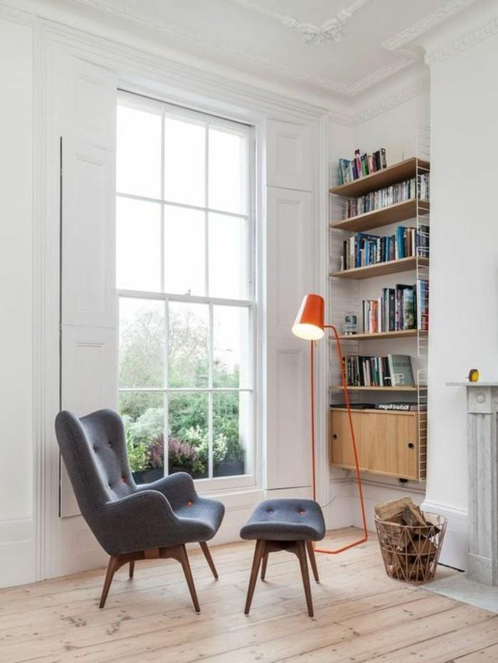 etagere-murale-design-en-bois-clair-parquette-clair-etagere-murale-en-bois