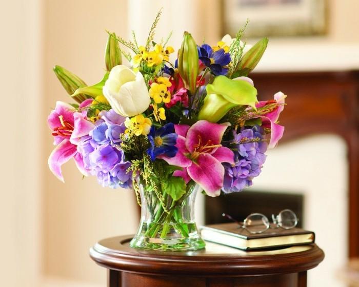 Fleurs artificielles les avantages tourdissants en for Jolies fleurs artificielles