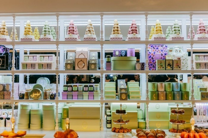 formidable-maison-patisserie-français-new-york-macarons-ladurée-cool-magasine-vitrines