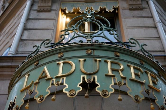 formidable-maison-patisserie-français-new-york-macarons-ladurée-voir-le-store