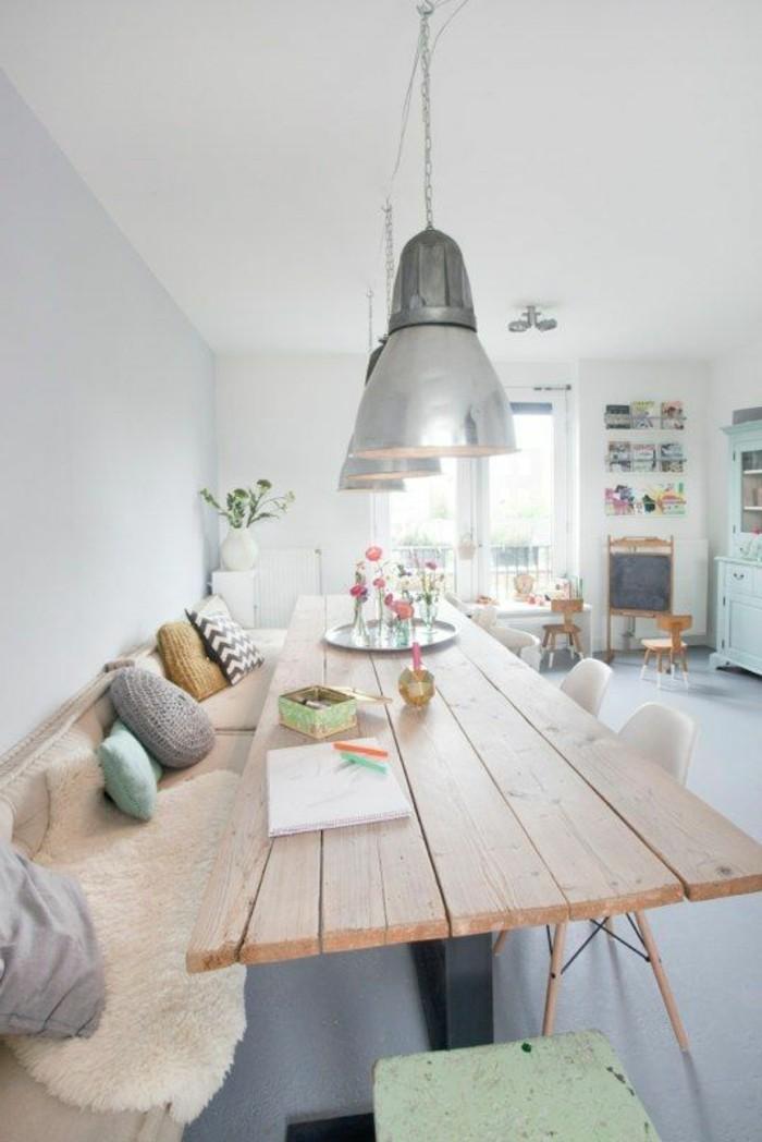 grande-table-à-manger-en-bois-clair-nos-idées-pour-la-salle-à-manger