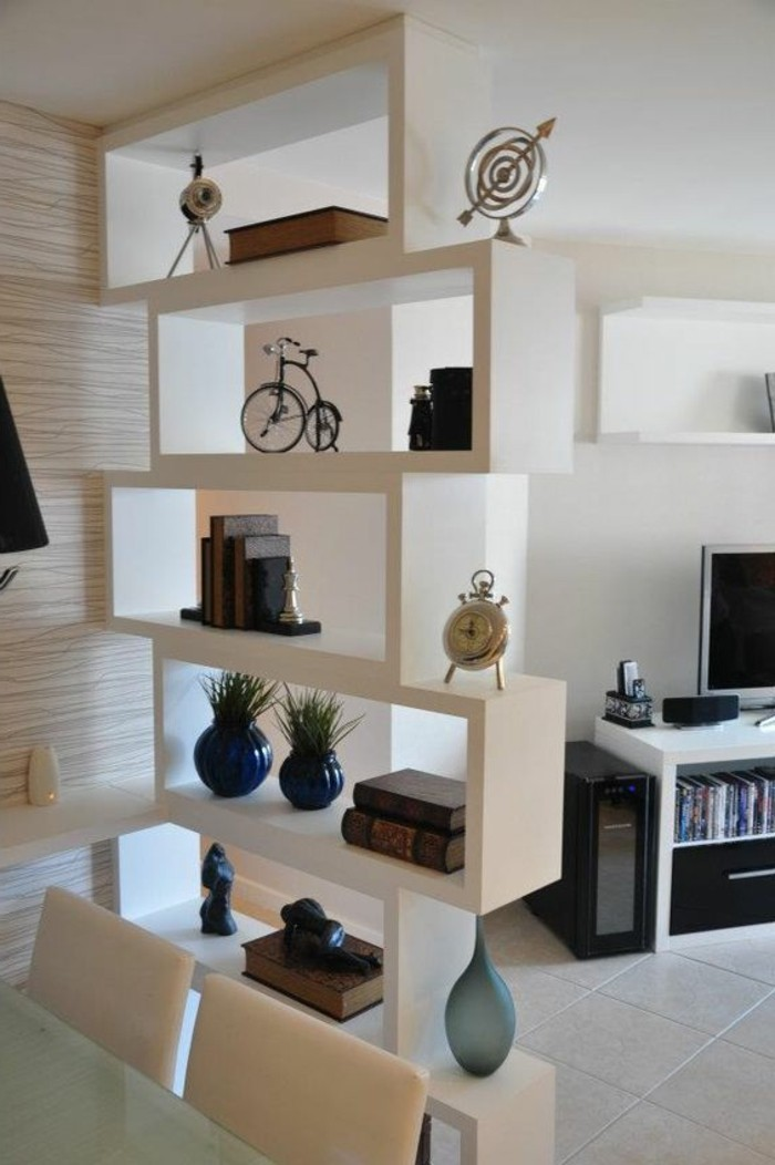 L tag re biblioth que comment choisir le bon design for Petit meuble angle salon