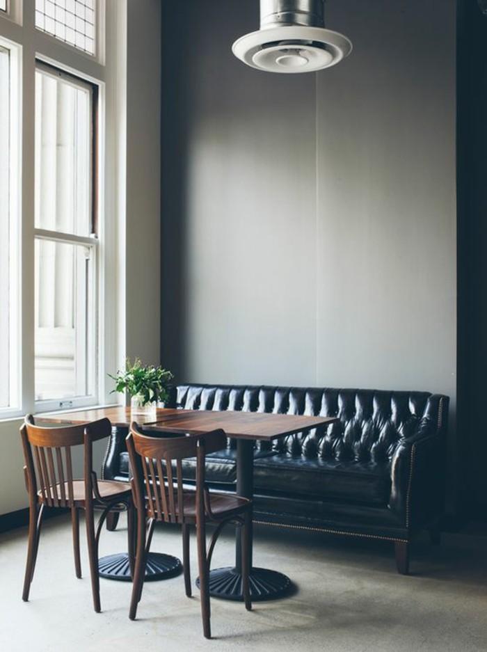 interieur-canapé-chesterfield-pas-cher-cuir-noir-nos-idees-d-interieur-canape-cuir-noir-capitonne