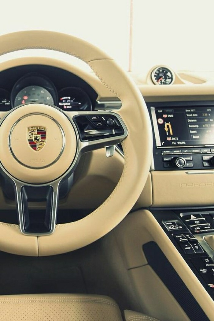interieur-cuir-beige-porsche-turbo-s-2012-vehicules-de-collection-porsche-interieur