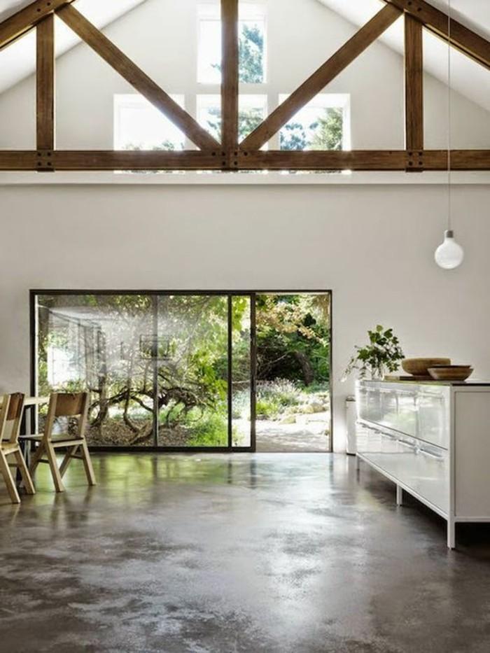 joli-plan-de-travail-béton-ciré-béton-décoratif-pour-la-salle-de-sejour-sous-pente