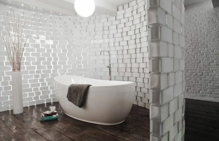 briques de verre salle de bains avec un mur en briques de verre images. Black Bedroom Furniture Sets. Home Design Ideas