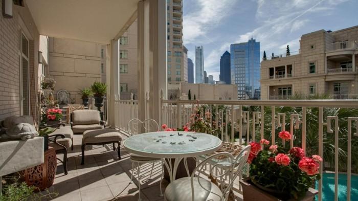 l-aménagement-extérieur-terrasse-tapis-pour-balcon-idee-terasse-vue-magnifique