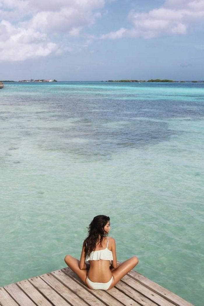 la-plus-belle-vue-ocean-de-couleur-bleu-clair-eau-crystal-les-meilleures-plages