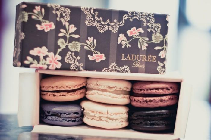 ladurée-macarons-la-duree-paris-boulangerie-patisserie-voir-les-idées-une-boite-trop-mignonne