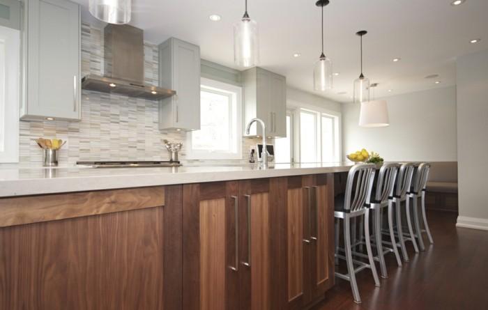 le-plafonnier-design-luminaires-suspension-salle-de-sejour-bien-aménagée-cuisine-moderne