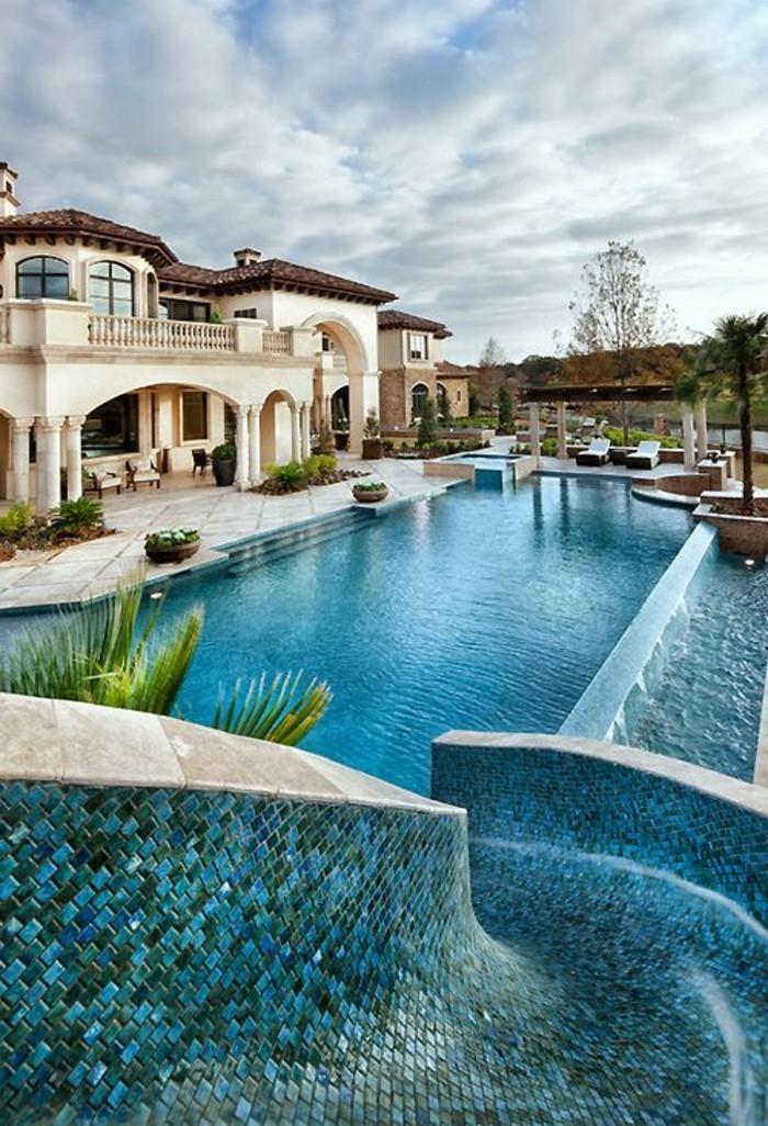 les-meilleures-maisons-a-miami-immobiliers-miami-se-loger-a-miami-piscine-d-exterieur