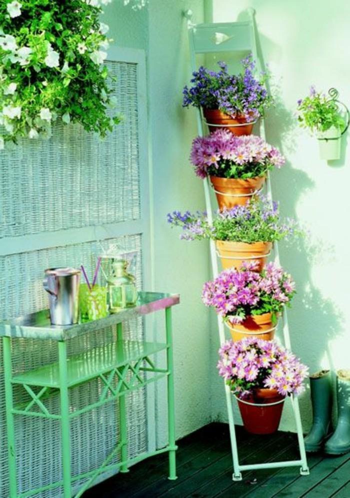 les-meilleurs-fleurs-pour-votre-balcon-amenagement-balcon-fleuri-idee-deco-balcon