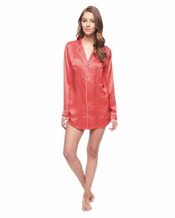 liquette-de-nuit-nuisette-longue-satin-kiabi-pyjama-femme