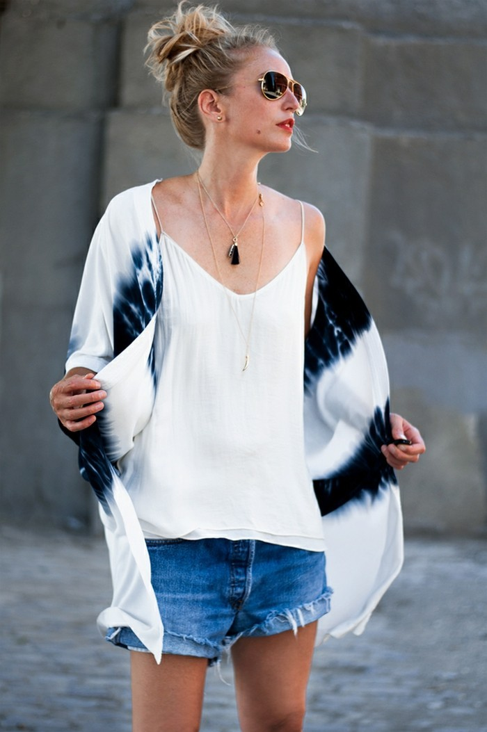 magnifique-femmes-stylées-japon-veste-traditionnelle-transformation-été